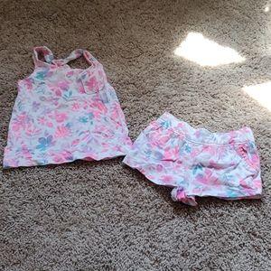 Tie dye flower outfit